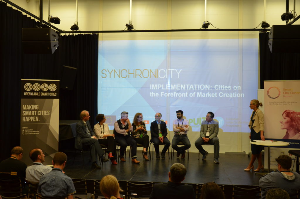 The SynchroniCity cities and pilots presenting together